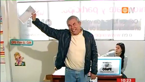 Luis Castaneda voto