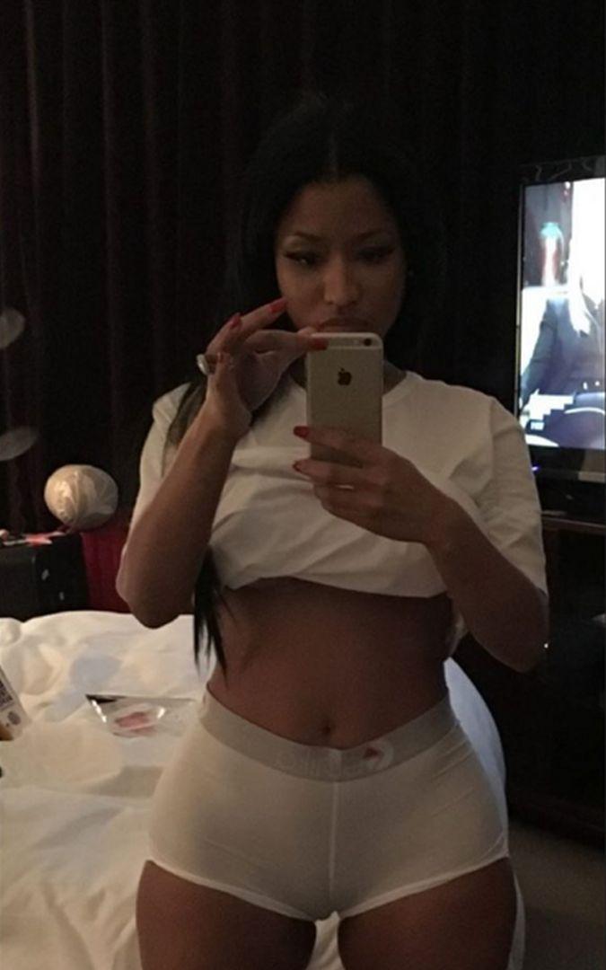 616d5bcec6f2 Nicki Minaj: ¿por qué la cantante se puso la ropa interior de su ...