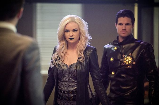 the flash temporada 2 welcome to earth-2 killer frost