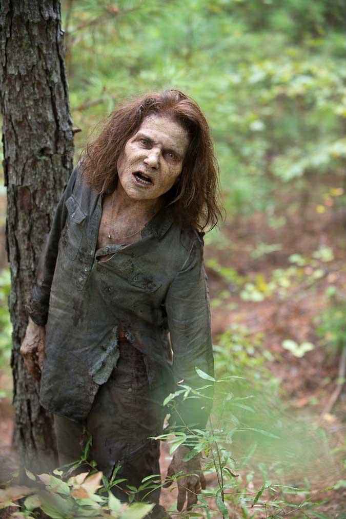 the walking dead deanna zombi walker