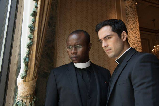 the exorcist 1x03 padre tomas bennett