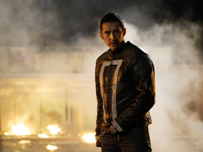 agents of shield 4x04 ghost rider robbie reyes