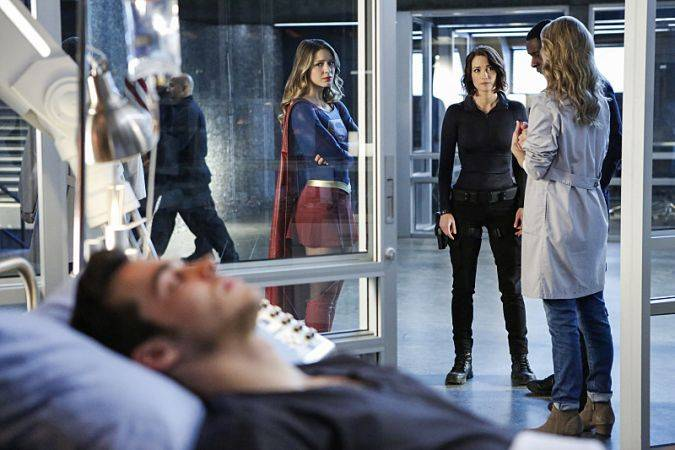 supergirl 2x08 crossover