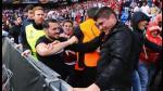 Liverpool vs Sevilla: dura pelea entre hinchas en final de Europa League - Noticias de basilea