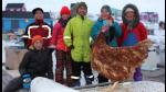 Facebook: Monique, la gallina que recorre el mundo a bordo de un yate - Noticias de mariana polar